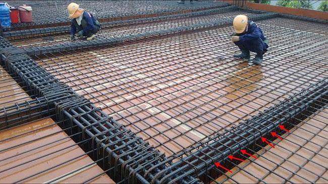 Hình ảnh so sánh sàn nhẹ Ubot và sàn bê tông cốt thép truyền thống 2