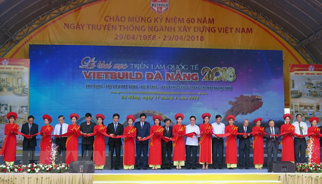 Hình ảnh Công ty TNHH Xây dựng Lâm Phạm tham gia triển lãm Vietbuild Đà Nẵng 1