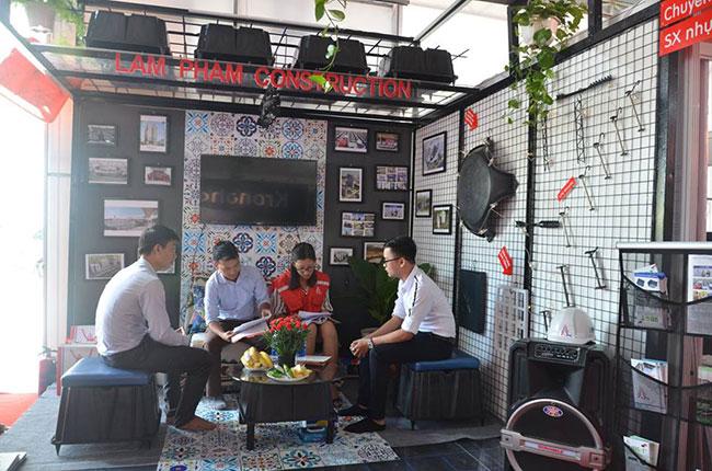 Hình ảnh Công ty TNHH Xây dựng Lâm Phạm tham gia triển lãm Vietbuild Đà Nẵng 2